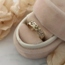 Iris flower wedding band, 14k gold vintage style floral ring