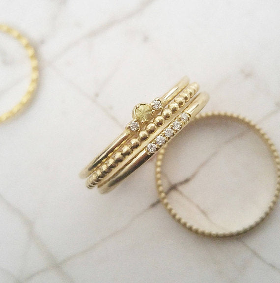 Dainty stacking rings set
