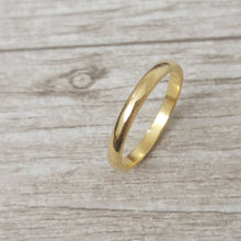 Gold wedding band, classic gold wedding band, unisex wedding ring, 14k Wedding band for men, Gold wedding ring for women