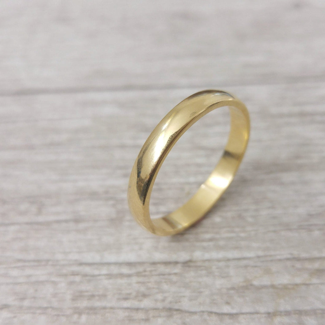 18k wedding band, 5mm gold wedding band