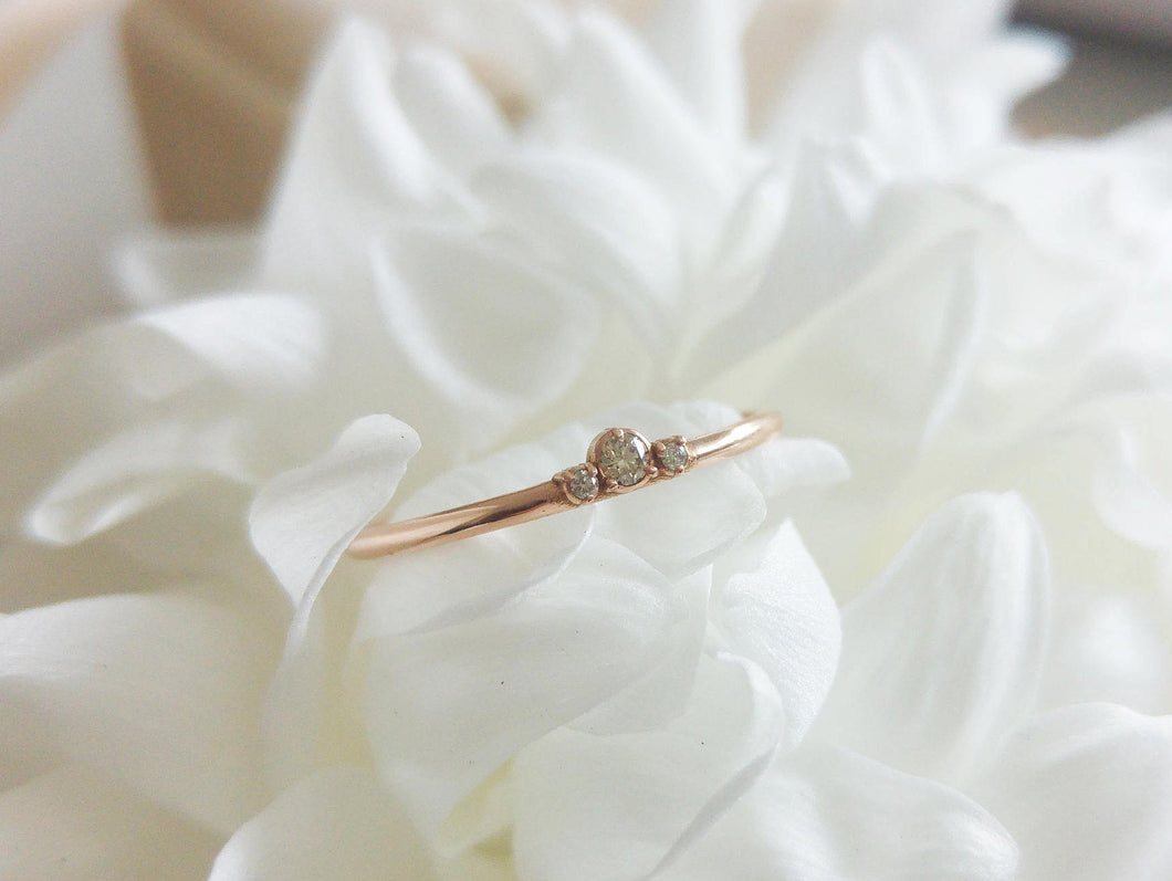 Dainty crown ring, thin gold wedding band, Delicate gold wedding band for women, thin gold ring, dainty stacking ring