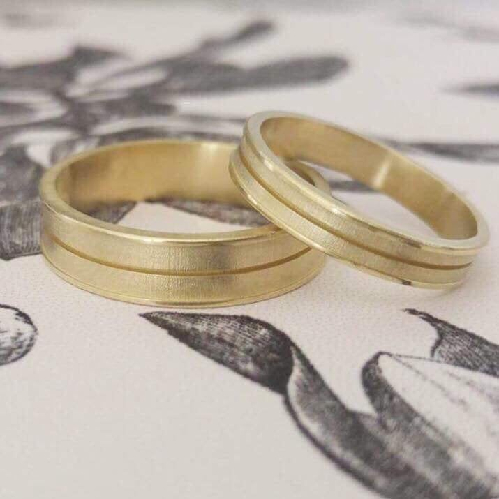 His and hers wedding bands, couples wedding bands, matching wedding rings, wide wedding ring, wedding ring set, his and hers wedding rings