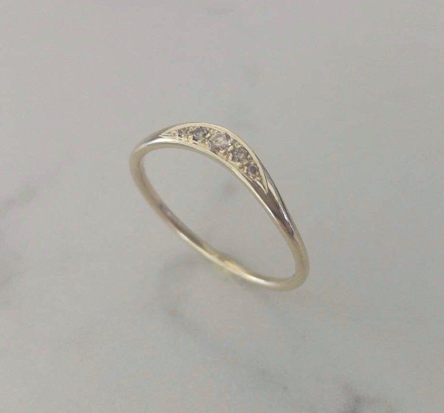 Vintage style diamond ring, unique cognac diamond wedding ring, 14k gold and diamonds wedding band