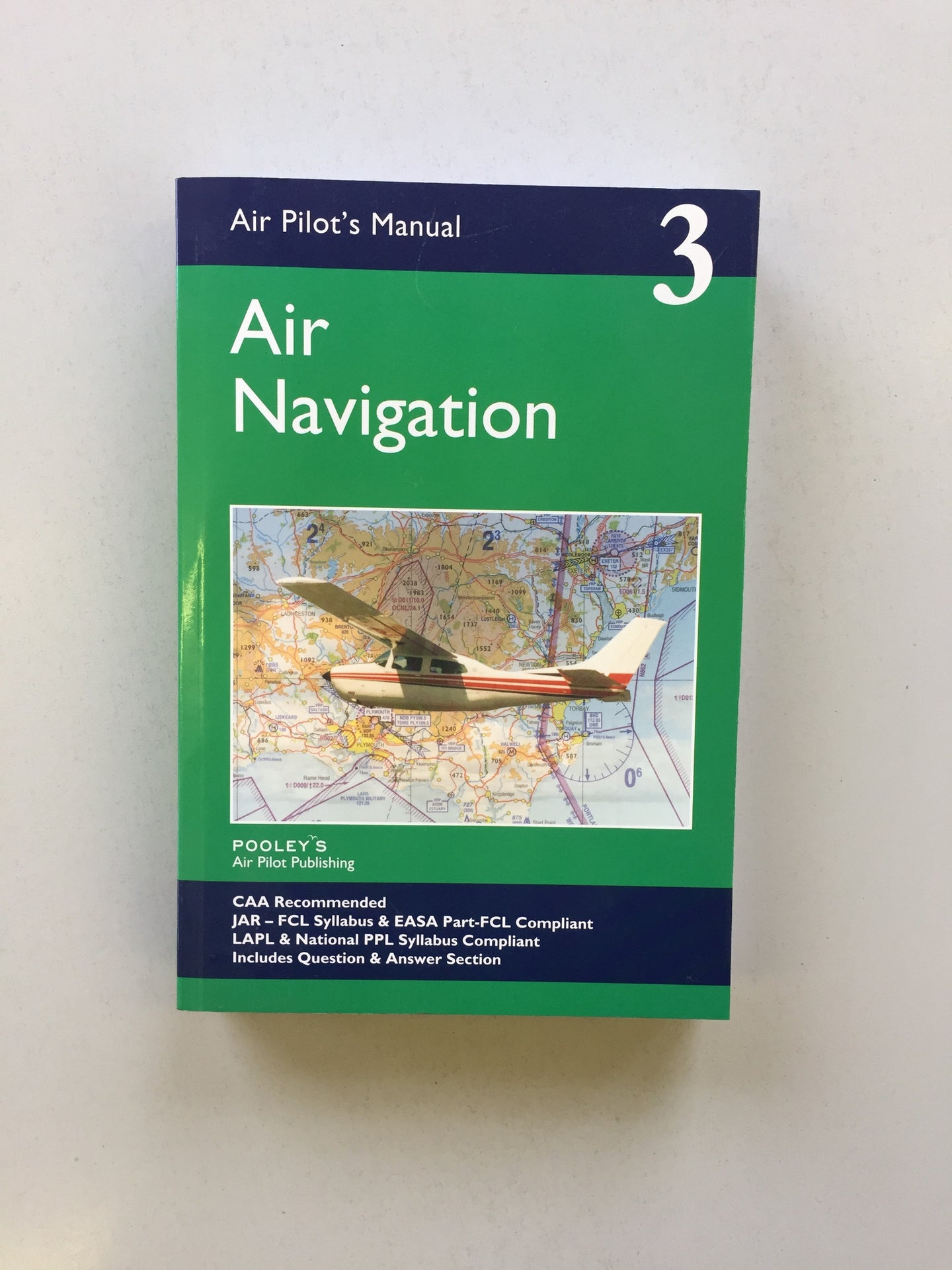 Air Pilots Manual. Book3 Navigation