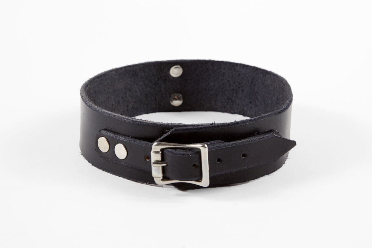 Handmade black leather choker collar with silver D-ring and hardware in lined or unlined.