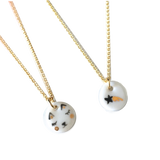 Tiny porcelaine Simply Lovely necklace with cute patterns .. Collier Simply Lovely en porcelaine aux adorables motifs