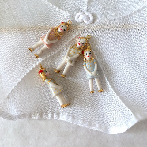 miniature Porcelain doll necklace with gold dots - Agathe .. Agathe , collier mini poupée en porcelaine, robe à pois or