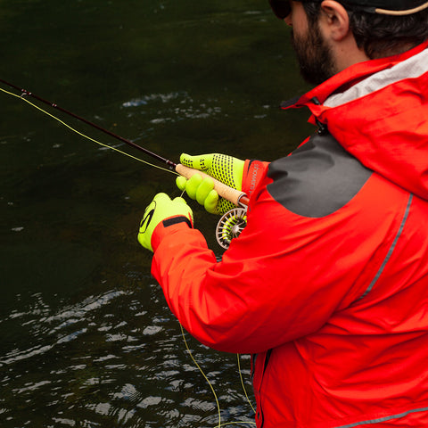 showers-pass-waterproof-knit-gloves-fishing