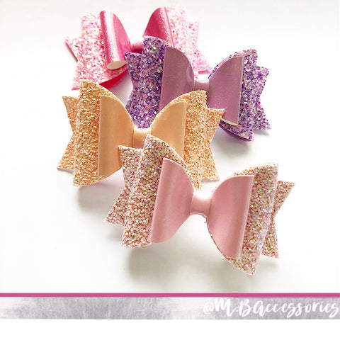 Glossy glitter dolly bows