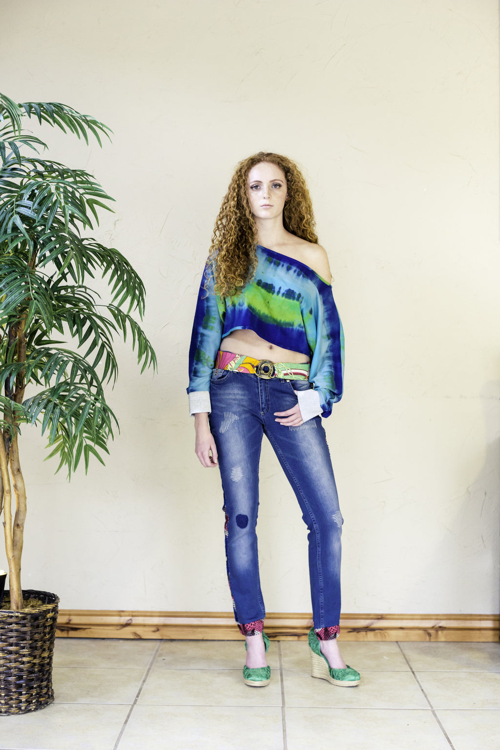 BLUE JEANS WITH DETAILS IN ANKARA