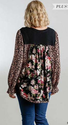 Floral PuffySleeve Top -Plus