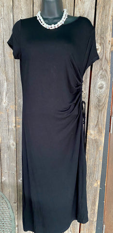 Black Cap Sleeve Knit Dress
