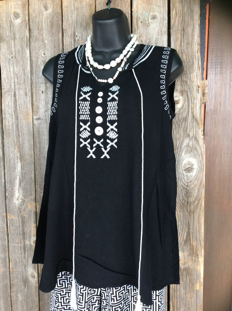Sleeveless Black Embroidery Tank