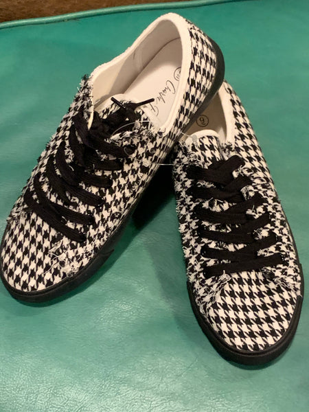 Charlie Paige Black/White Houndstooth Tennis Shoes