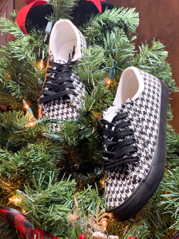 Charlie Paige Black/White Houndstooth Tennis Shoe
