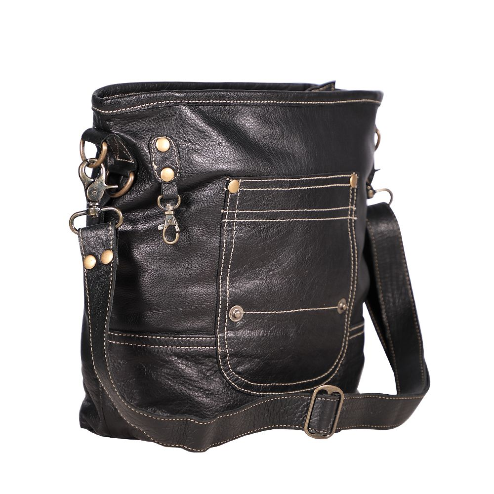 Robust Leather Bag