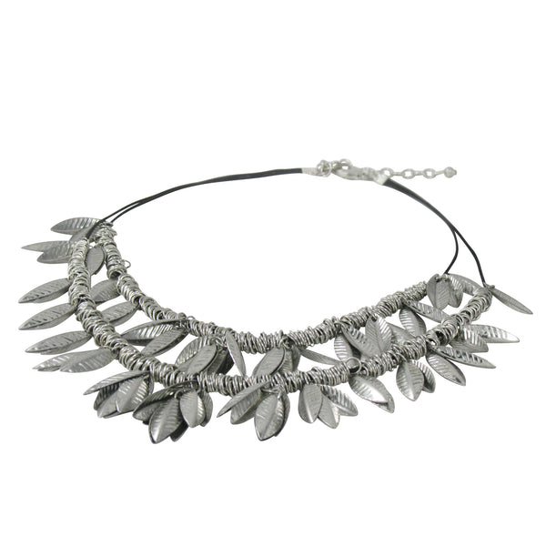 Uniquely Crafted Chain with Metal Leaves: Bohemian Collection