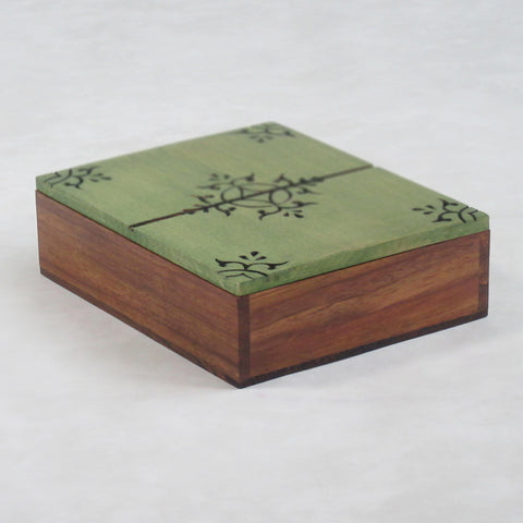Large Decorative / Jewelry Box; Engraved Lid