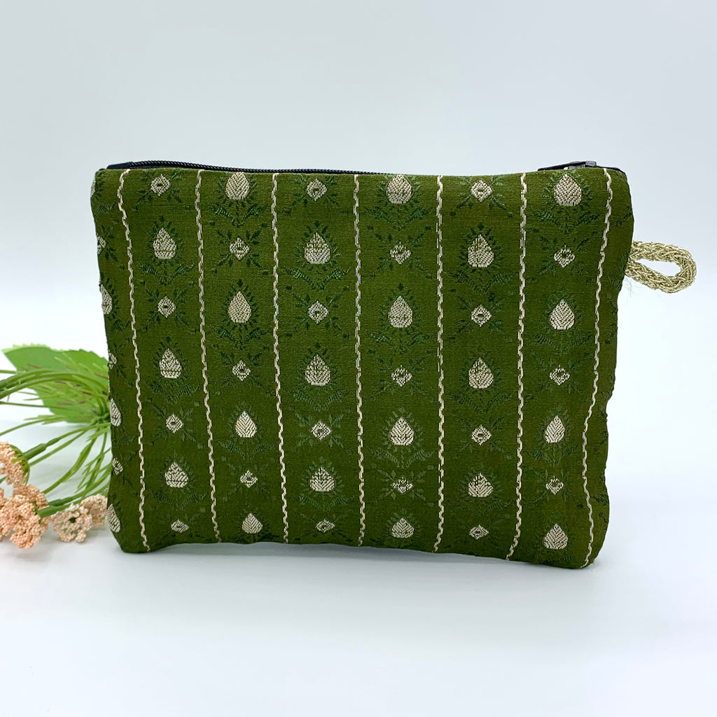 SILK Multipurpose Zipper Pouch; Quilted : GREEN