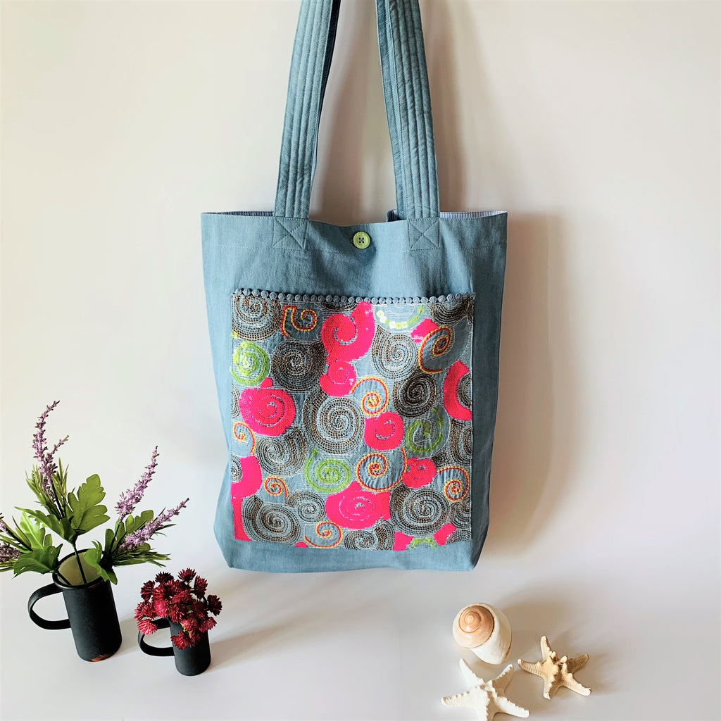 Sequin Embroidery Denim Collection Tote Bag : BLUE