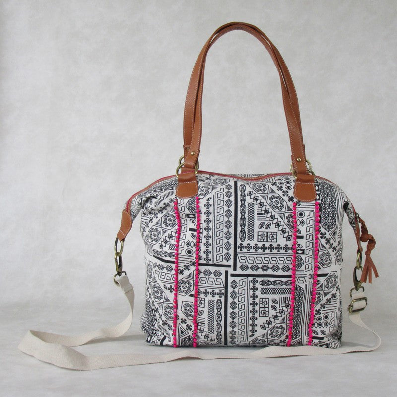WEEKENDER Canvas TOTE with Detachable Strap