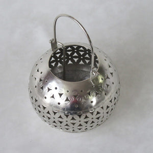 Floral Netted Round Metal Candle Holder: Handcrafted