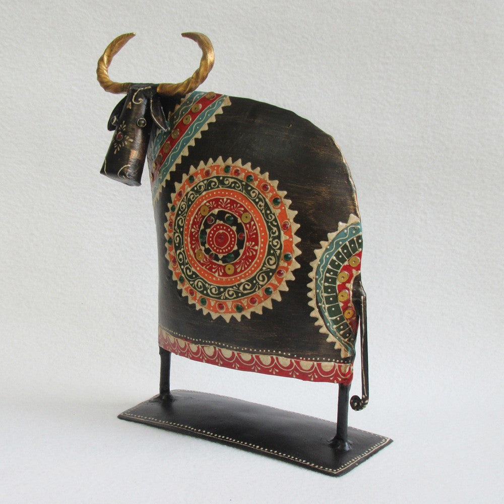 Iron Cow for Indoor or Outdoor decoration; Handcrafted