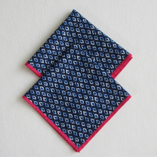 Blue Runner with 2 Tea Napkins