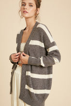 WIDE STRIPED CARDIGAN