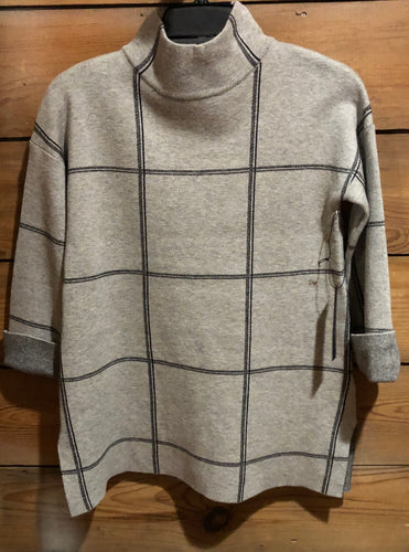 Light Grey Quarter Sleeve Striped Sweater