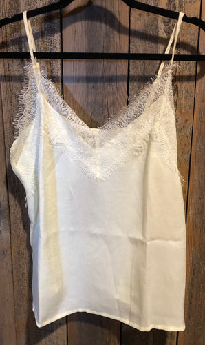 Lace Detailed V-Neck Tank Top