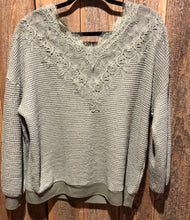 Waffle Textured V-Neck Top w/Lace Detail