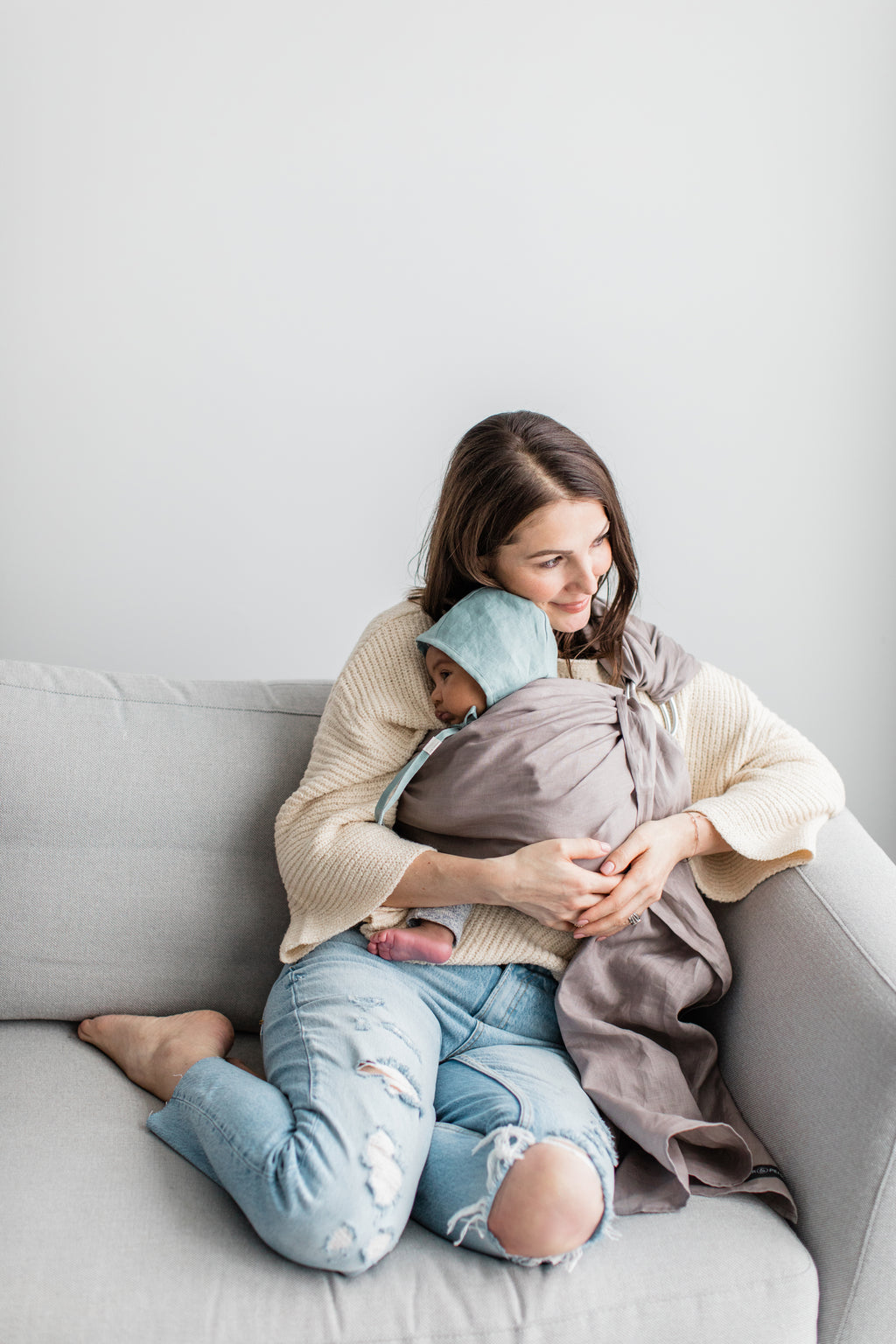 kitsilano ring sling canada | baby carrier for newborns and toddlers | Potter & Pehar linen ring sling