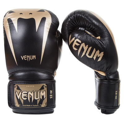 Venum Giant 3.0 Boxing Glove