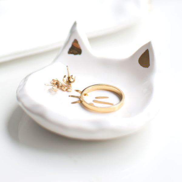 ceramic and gold cat ring dish