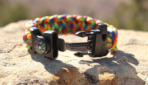Paracord Survival Bracelet - Hippie