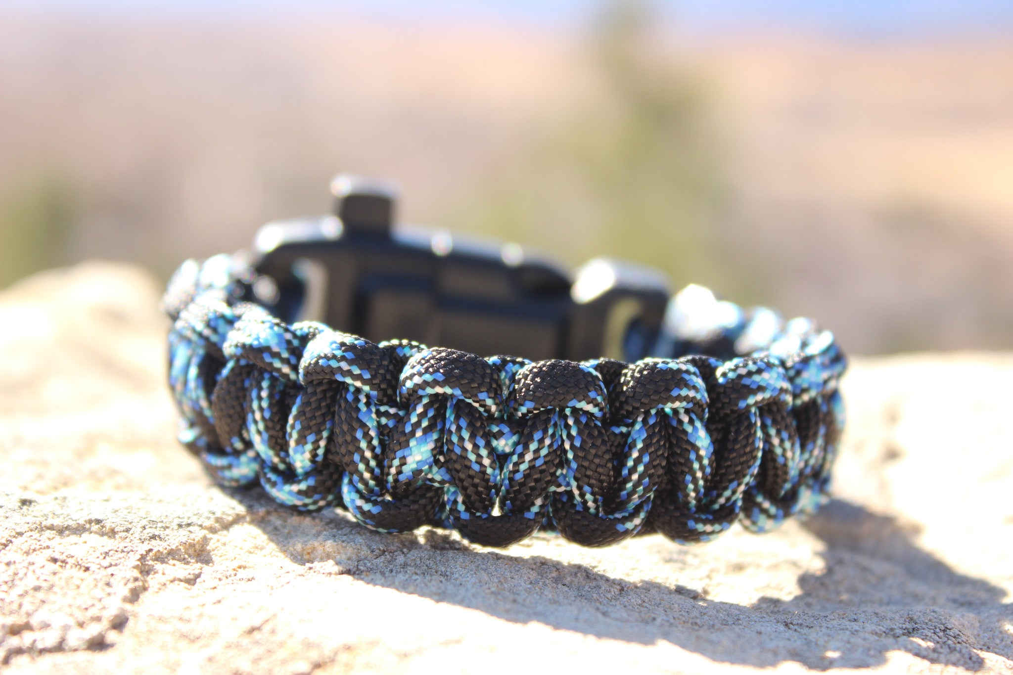 Paracord Survival Bracelet - Lightning