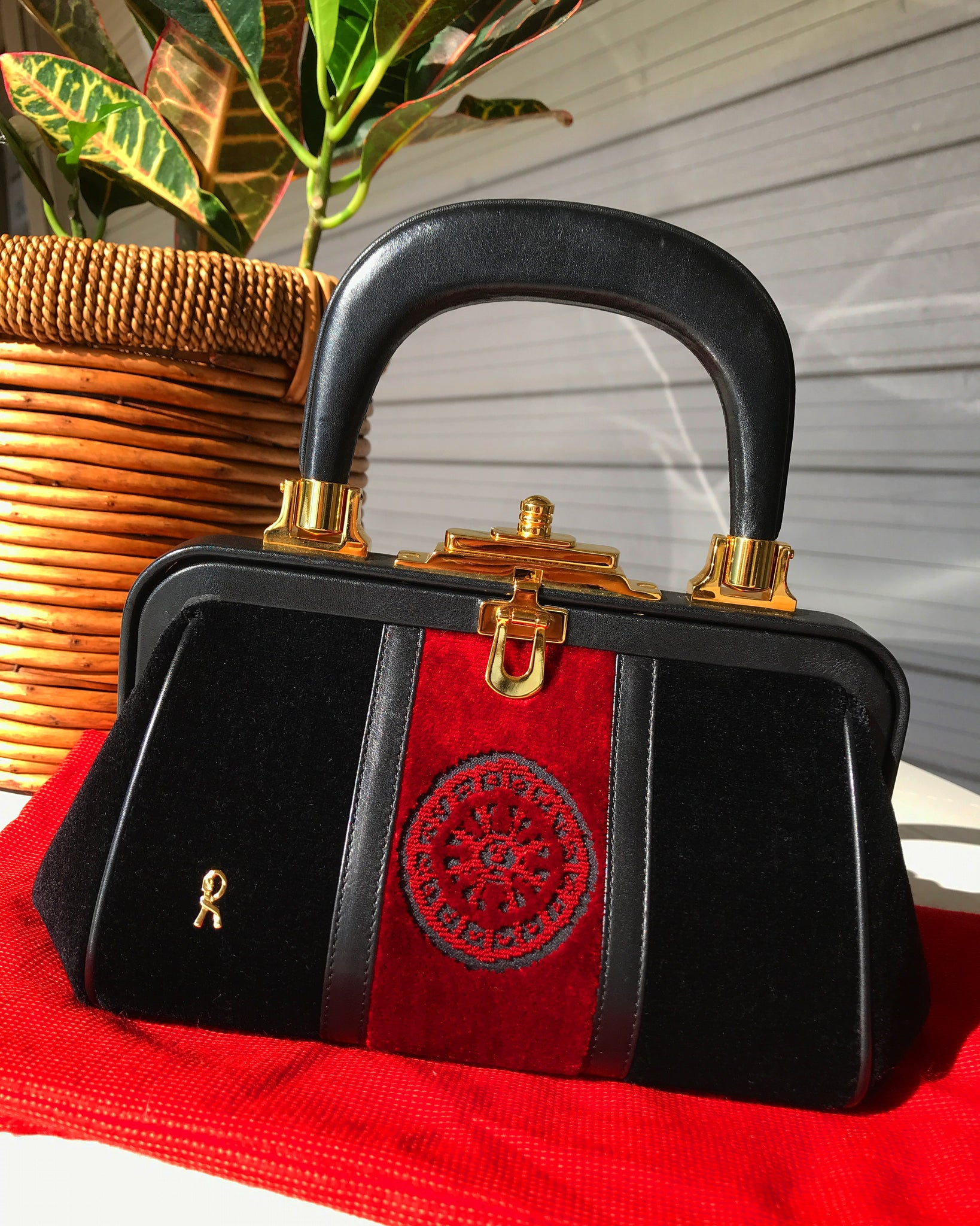 "Lush Midnight x Red Velvet Roberta Di Camerino iconic ""Bagonghi"" bag with gold tone buckles"