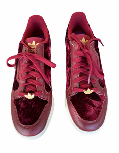 Velvet Maroon sneakers with gold embellishment