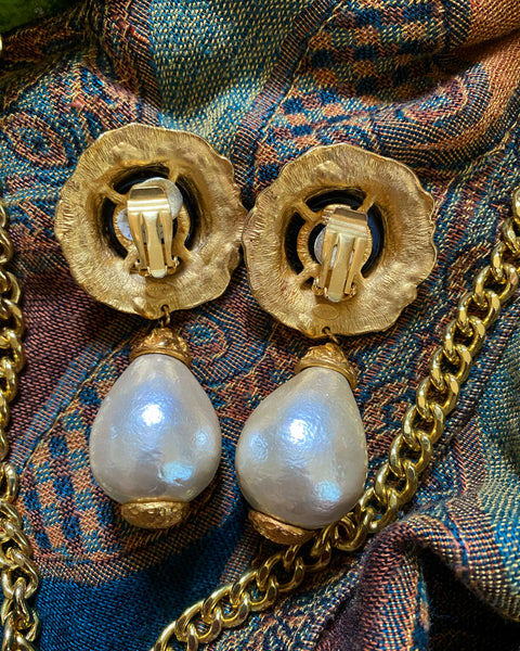 "Vintage ""El Dorado"" oversized earrings"