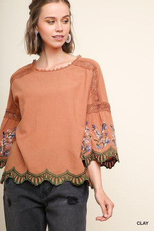 It's in the Details Top - The Dainty Cactus Boutique