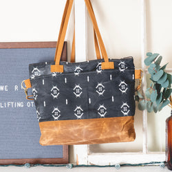 Waxed Canvas Roamer Tote in Black - Burst into Bloom