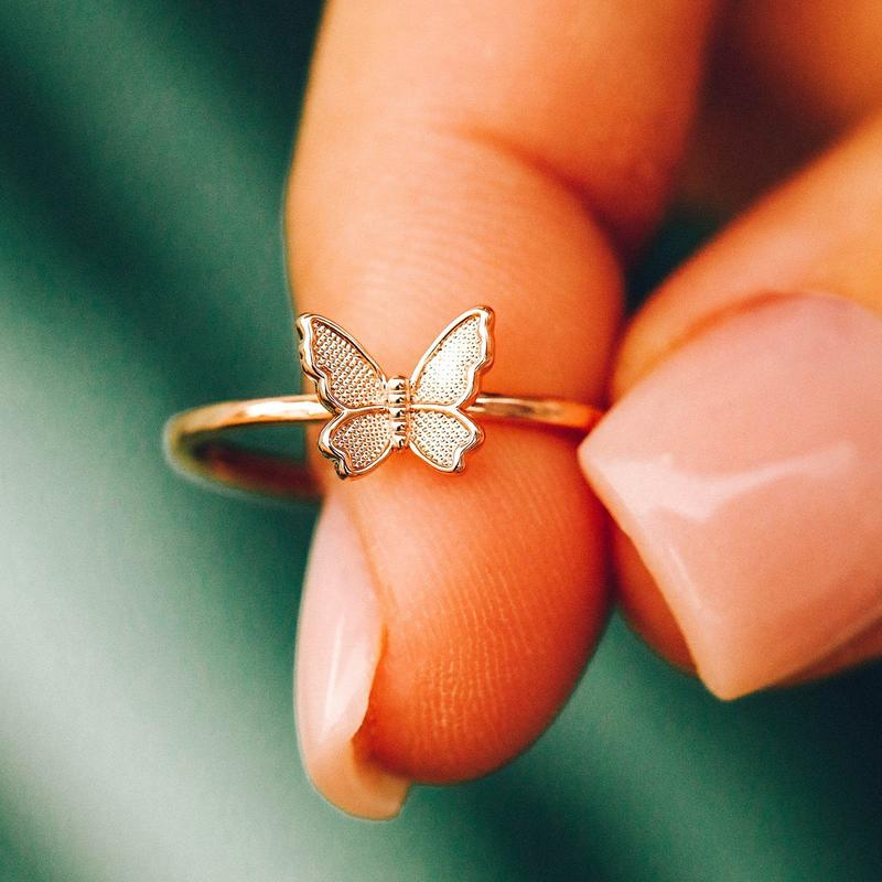 The Butterfly in Flight Ring