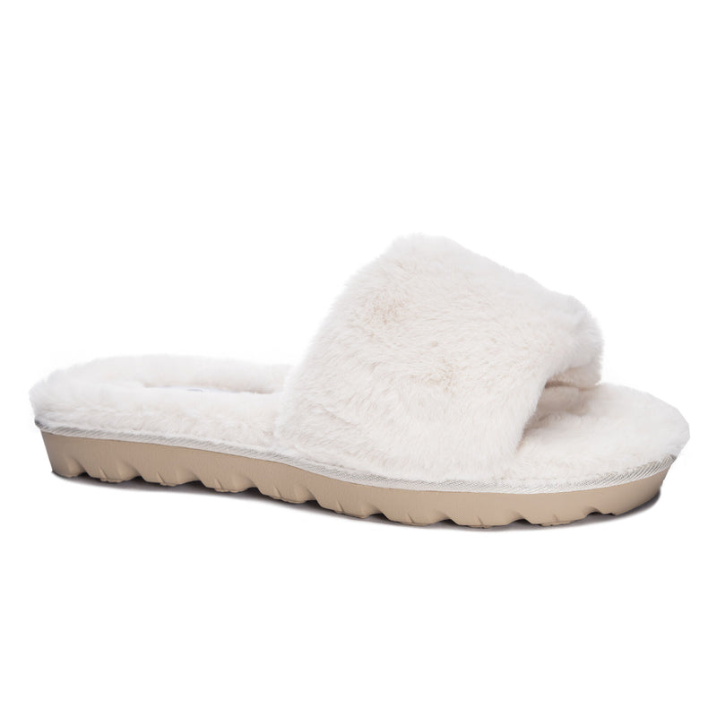 The Cream Rally Slippers