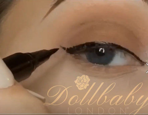 dollbaby duo pen direction line the eye