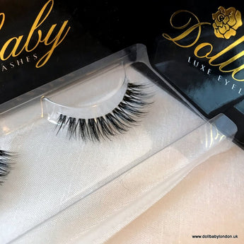 'Crystal' Invisible Band 3D Tapered Platinum Eyelashes