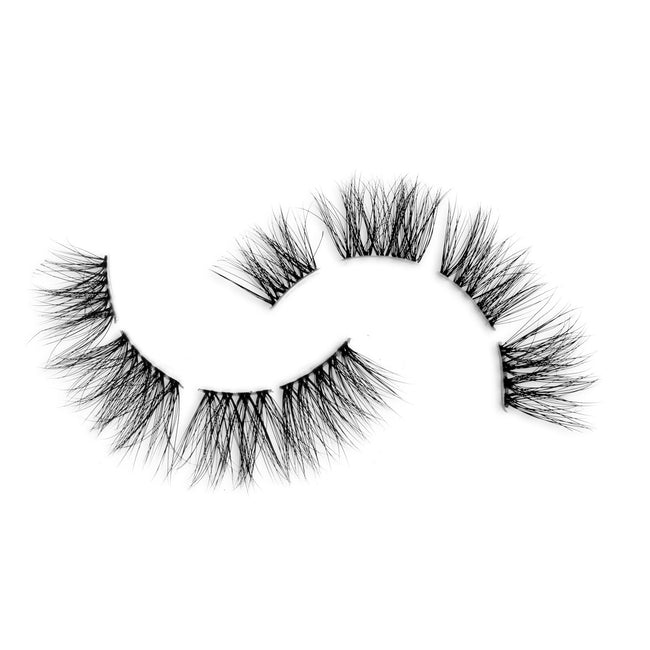 'First Class' Pre-Cut Demi Wispies Lashes - Clear Lash Band