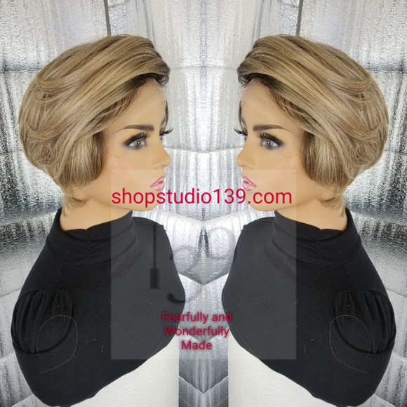 (Tabot) Sexy bob with side part and tapper back