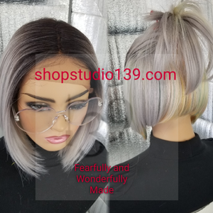 (Lily) Sexy Middle part lace front bob wig