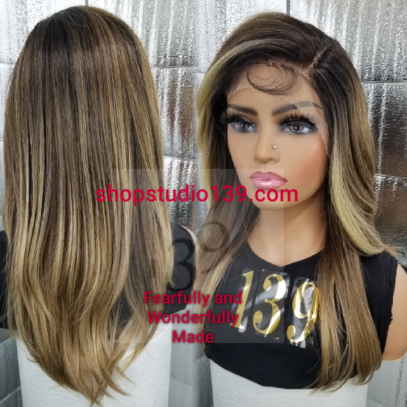 (Lovely) Transparent lace front wig with shifting part